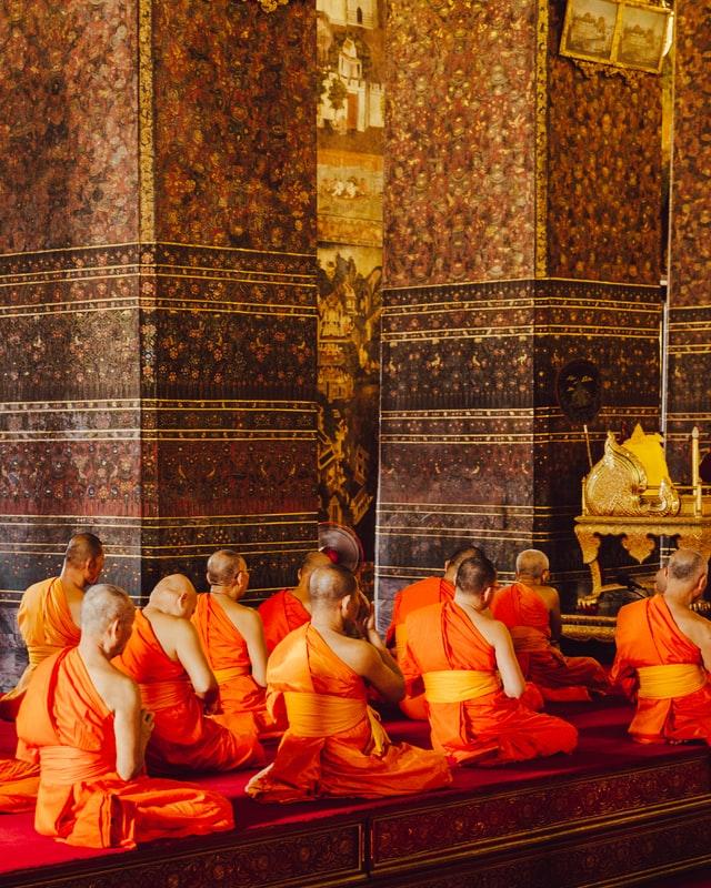 Monks in Bangkok, Thailand evan krause unsplash