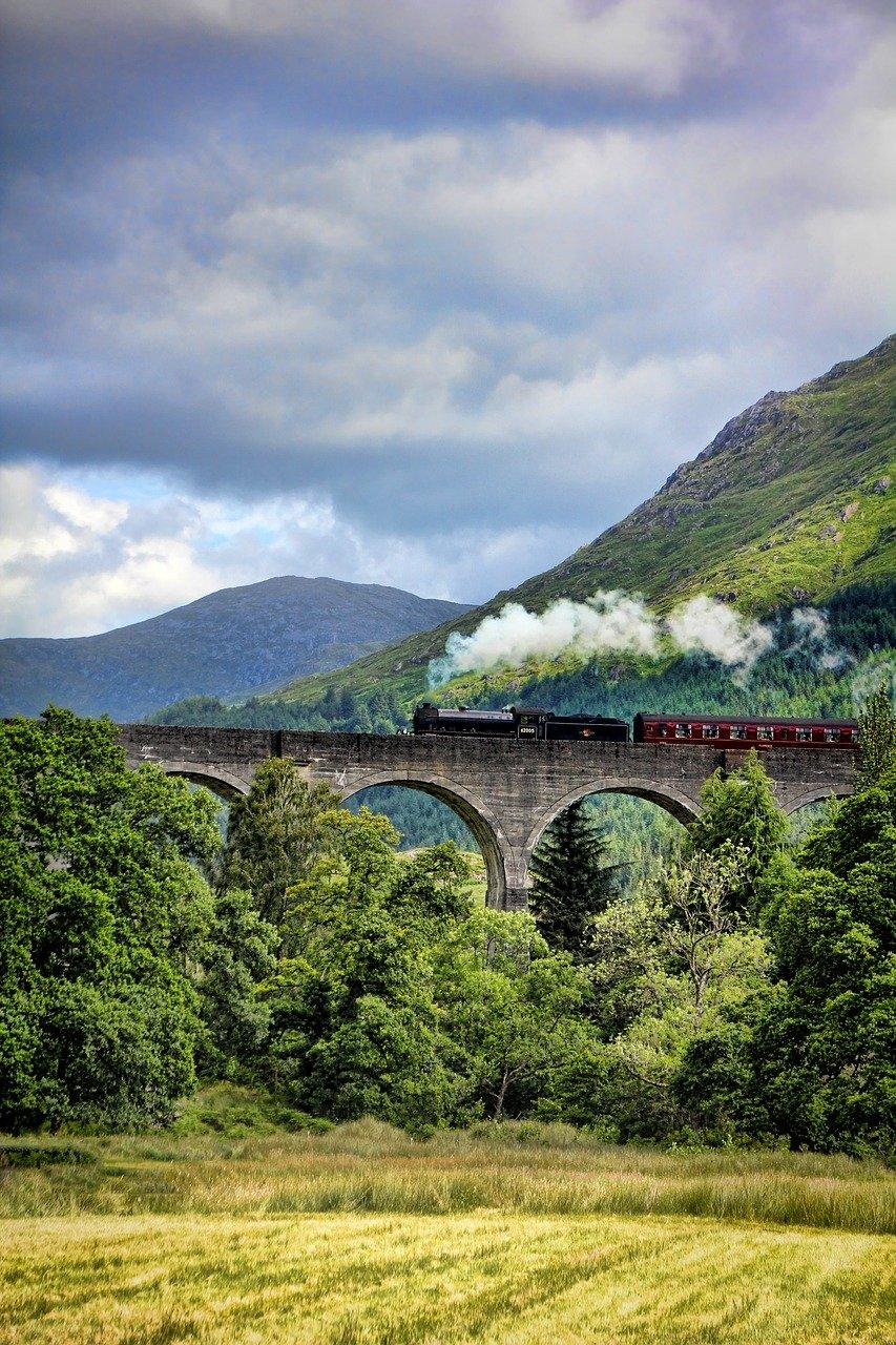 The Royal Scotsman train in Scotalnd