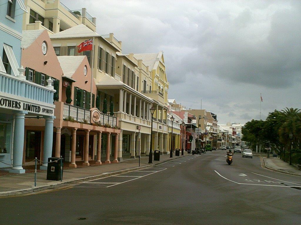 Bermuda's Hamilton snops