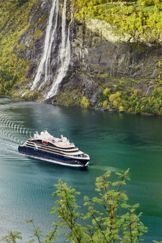 Ponnt cruises
